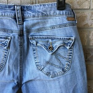 Silver Jeans Camille Bootcut Light Wash Size 28